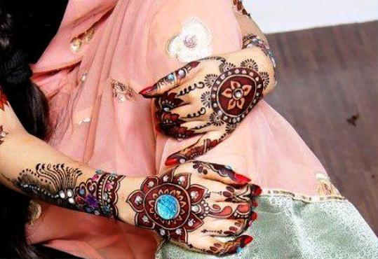 Latest Beautiful Henna Mehndi Designs Collection 2017 2018 For Bridal