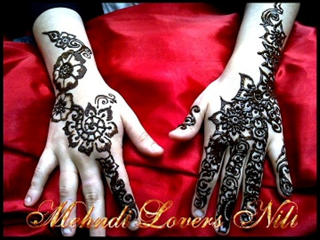 Best Hands with latest mehndi designs