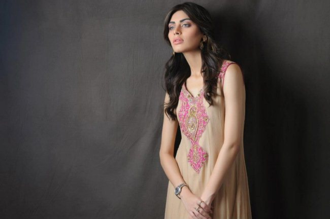 Gold Summer Collection Umsha By Uzma Babar (5)
