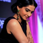 Indian Actress sonam kapoor profile (8)