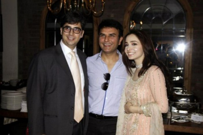 Jugan Kazim engagement with Faisal naqvi (3)