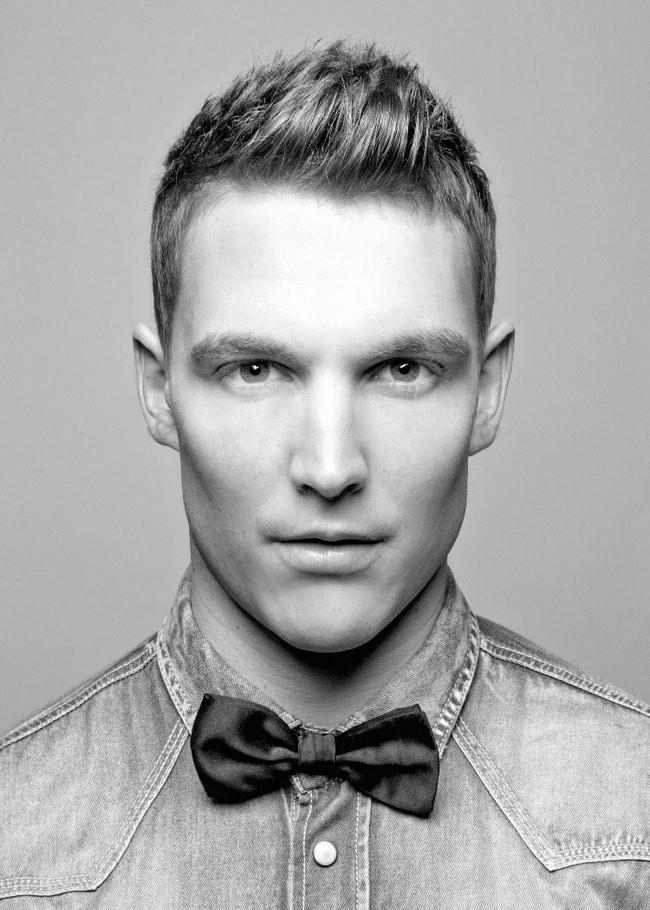 Men trendy and stylish hairstyle (4)