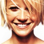 Stylish and trendy short hair style for girls (8)