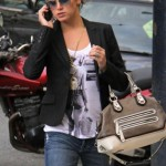 Hollywood actresses wearing sunglasses (1)