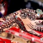 Mona's Stylish Menhdi designs for girls 2013 (1)
