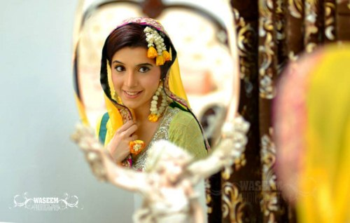 Pakistani Models wearing wedding and casual dresses (1)