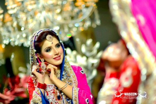 Pakistani Models wearing wedding and casual dresses (3)
