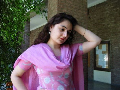 Pakistani college school hot pictures (17)