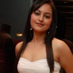 Sonakshi Sinha hot pictures (3)