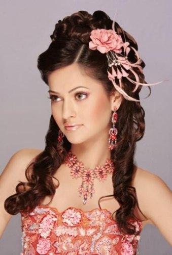 Eid Ul fitr hair style for girls 2013 (4)