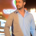 Pakistani Singer Atif Aslam Hot Pictures (3)