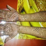 Beautiful Eid Mehndi Designs collection 2013 for girls (1)