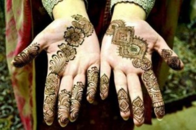 Latest Eid ul fitr mehndi desings 2013-2014 for girls (3)
