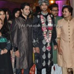 Famous Fashion Model ZAHID TAIMOOR wedding waleema pictures (4)