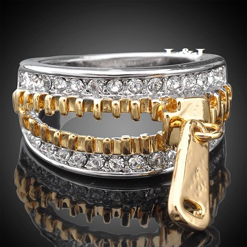 Women Luxury latest Gold and Diamond Jewelry Accessories for Women