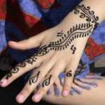 Lovely Kids Mehndi Henna tattoos Hand and feet Designs Collection (15)
