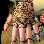 Lovely Kids Mehndi Henna tattoos Hand and feet Designs Collection (14)