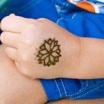 Lovely Kids Mehndi Henna tattoos Hand and feet Designs Collection (3)
