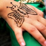 Lovely Kids Mehndi Henna tattoos Hand and feet Designs Collection (5)