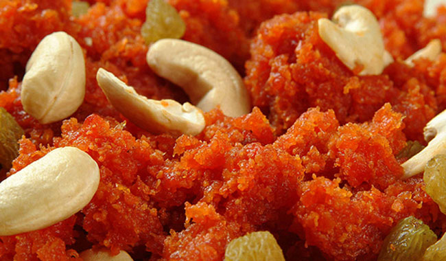 Method and Best way of Prepairing Gajar aur Dhoodh ka halwa