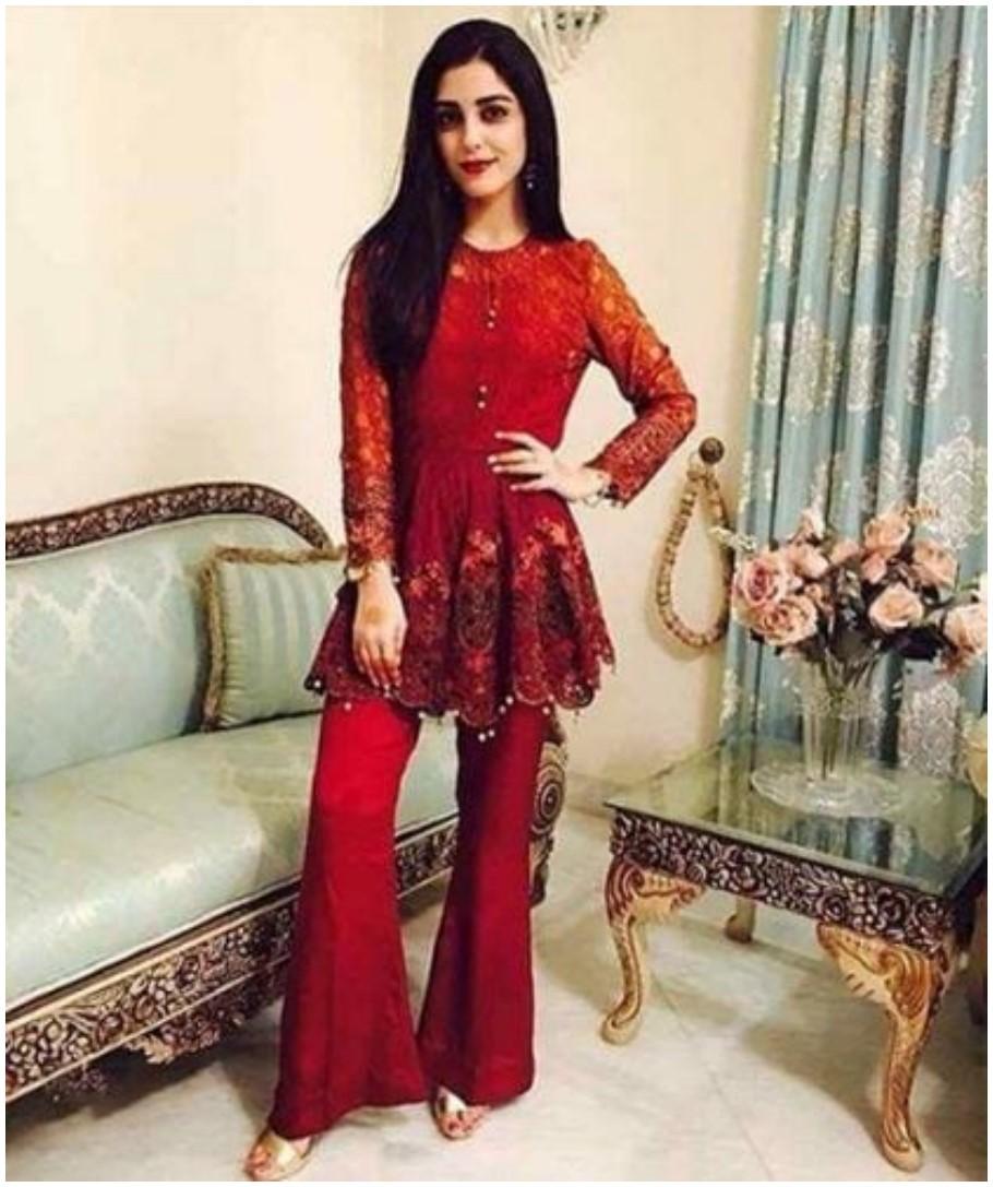 Red short kurti with churidar pajama like Flapper