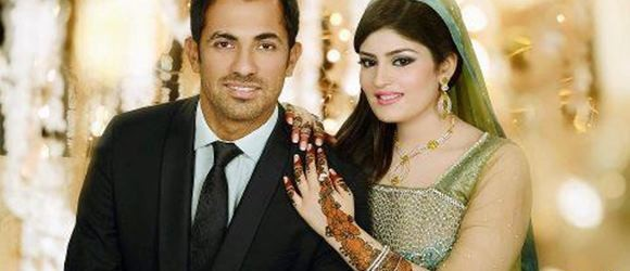 Wahab Riaz With His Wife