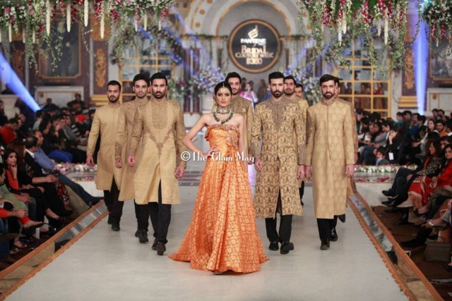 HSY Stylish Embroidery Bride Groom Dresses at Pantene Bridal Couture (3)