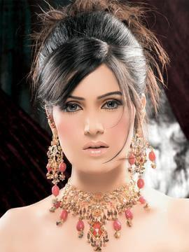 Pakistani Actress and Model Maria Khan died
