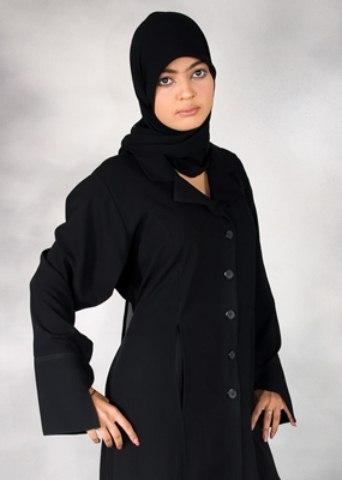 Black Color Abayas Amazing Designs Islamic Dresses 2014 (3)