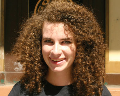 How You Can Straight Your Curly Hairs At Home
