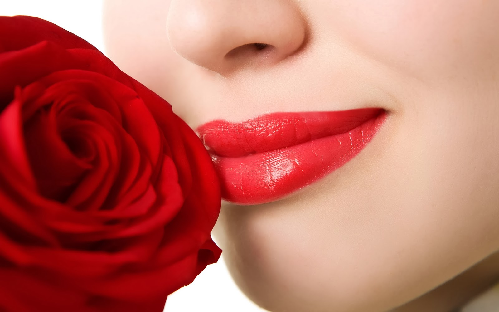 Home Medications & Tips For Black & Decay Lips