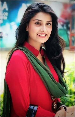 Nice memories of Ayeza Khan
