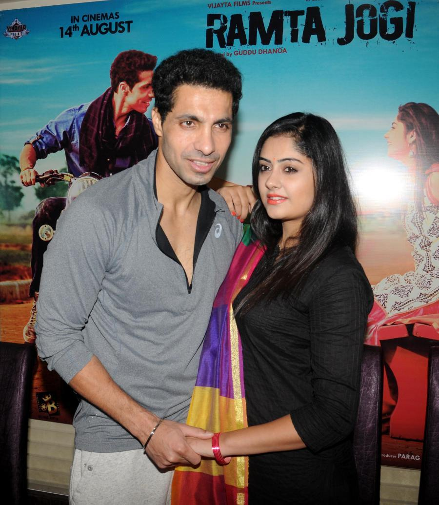 Actors Deep Sidhu with Ronica singh