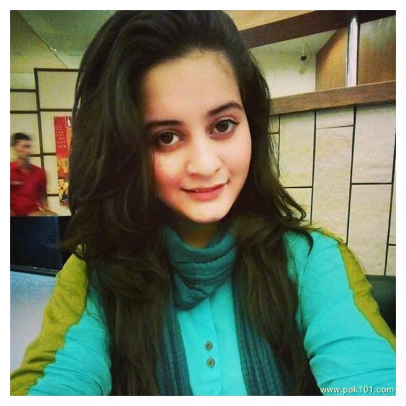 hot Aiman Khan girls images