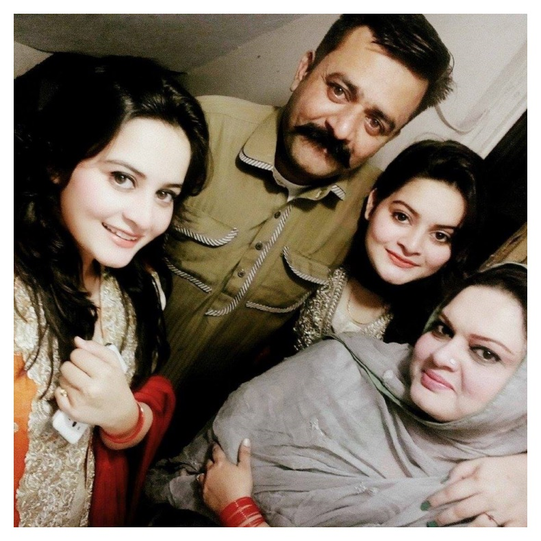 Pakistani Actress and Model Aiman Khan Family