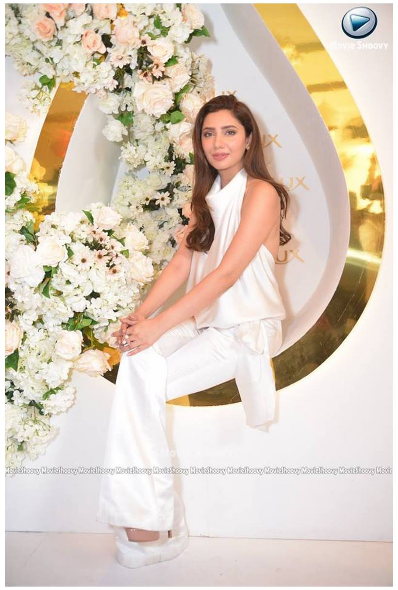 Mahira Khan Spot At Lux TVC Ceremony (2)