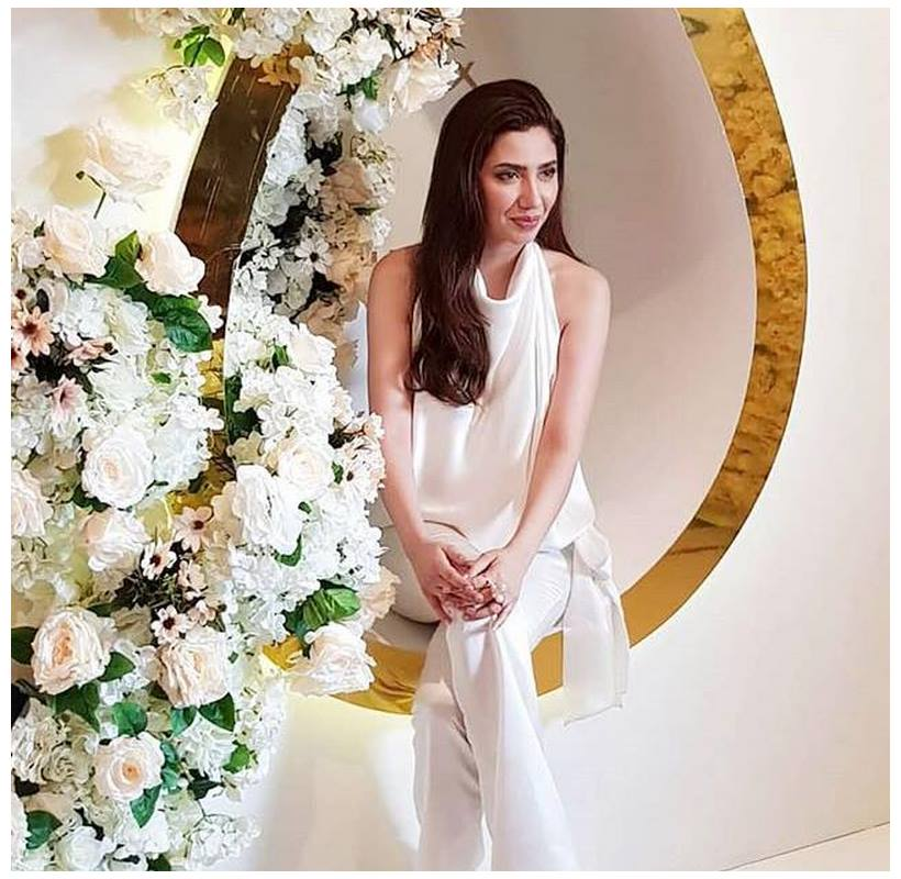 Mahira Khan Spot At Lux TVC Ceremony (4)
