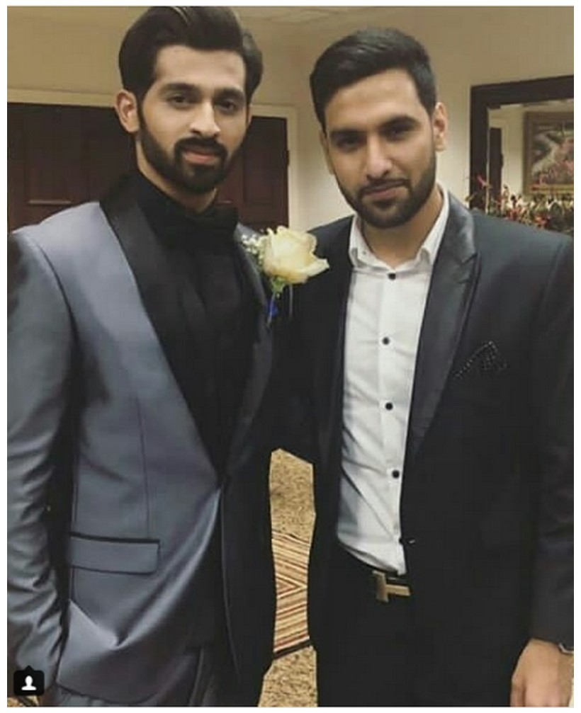 Zaid Ali with Wife Yumnah at a Wedding Ceremony (5)
